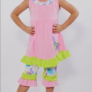 Other - BOUTIQUE POLKA DOT BUNNY RUFFLE SET